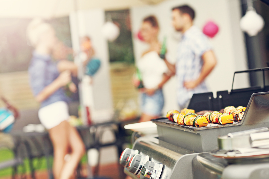 How to throw a great BBQ party in Santa Fe Springs, CA